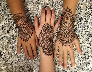10-Perfect-Cool-Henna-Tattoo-Designs-For-Hands-And-Feet-011